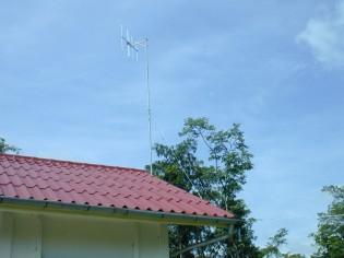ヘルスセンターに設置したVHF用アンテナ