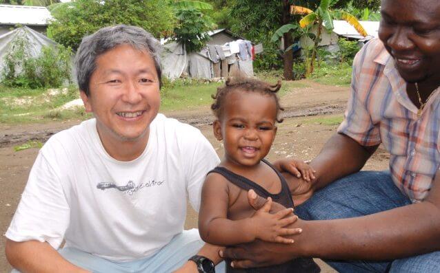 志村会員(ハイチのレオガンにて)