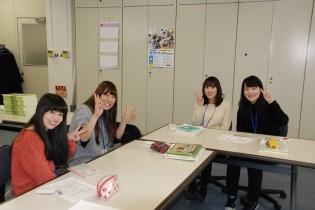 左から、浅利さん、内野さん、原さん、原田さん