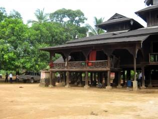 シャンワッティの寺院